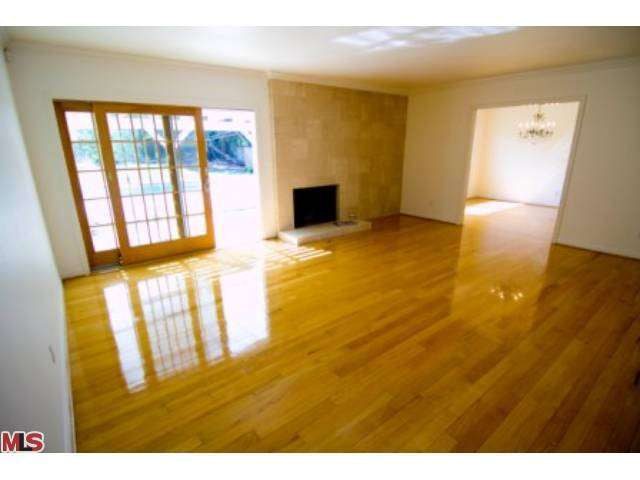 Rental Homes for Rent, ListingId:27260451, location: 18900 PASADERO Drive Tarzana 91356