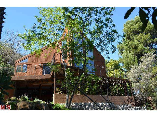 Rental Homes for Rent, ListingId:27292104, location: 19920 SUMMIT Drive Topanga 90290
