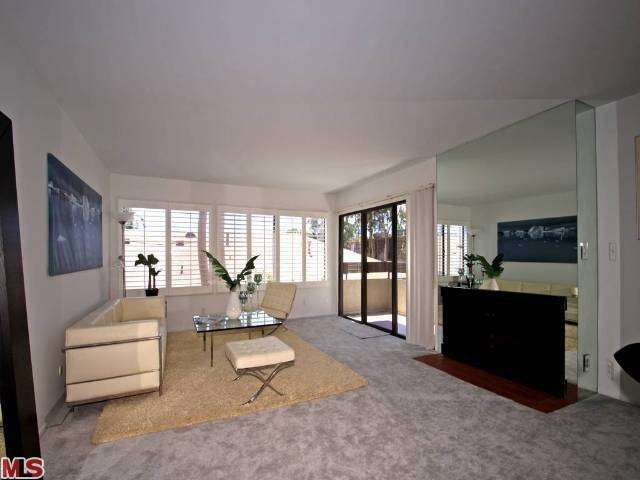 Rental Homes for Rent, ListingId:27292040, location: 950 North KINGS Road West Hollywood 90069