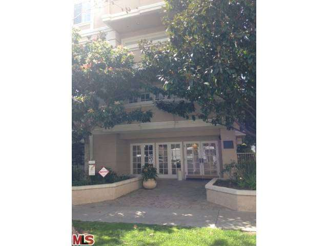 Rental Homes for Rent, ListingId:27292114, location: 125 OAKHURST Drive Beverly Hills 90212