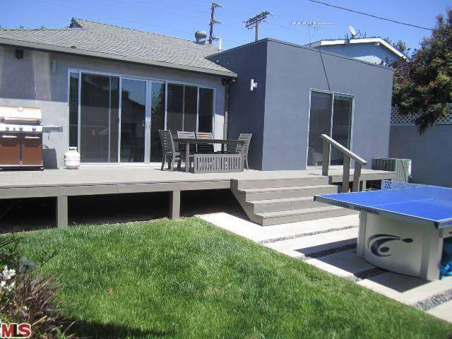 Rental Homes for Rent, ListingId:27347991, location: 12312 CHARNOCK Road Los Angeles 90066