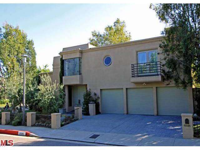 Rental Homes for Rent, ListingId:27419867, location: 15585 AQUA VERDE Drive Los Angeles 90077
