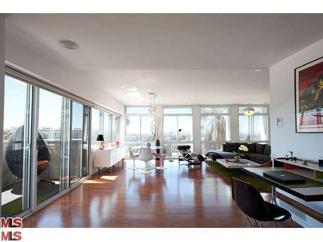 Rental Homes for Rent, ListingId:27486794, location: 7135 HOLLYWOOD Los Angeles 90046