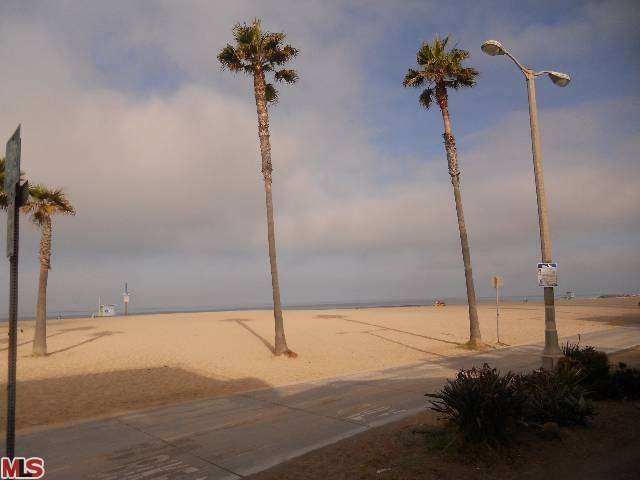 Rental Homes for Rent, ListingId:27506191, location: 3005 OCEAN FRONT Walk Venice 90291