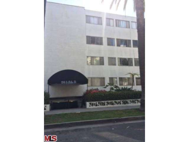 Rental Homes for Rent, ListingId:27546335, location: 136 South PALM Drive Beverly Hills 90212