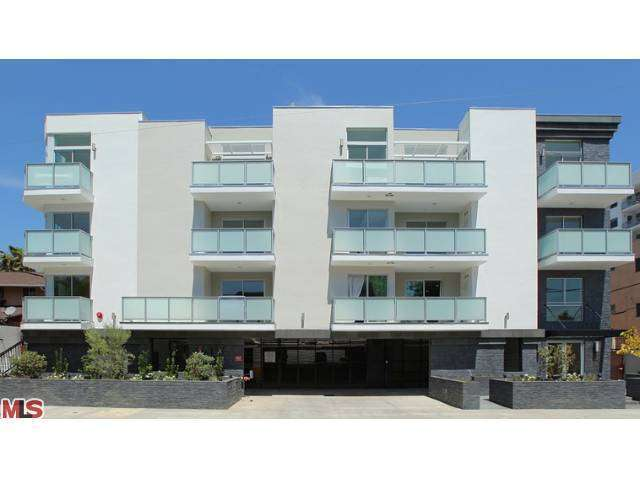 Rental Homes for Rent, ListingId:27595190, location: 7133 HAWTHORN Hollywood 90027