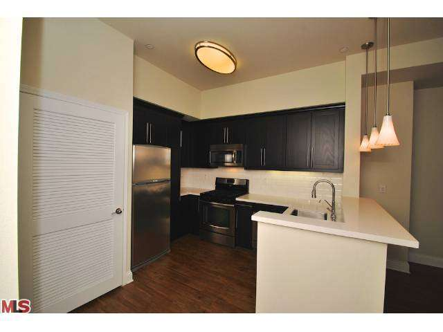 Rental Homes for Rent, ListingId:27612962, location: 6138 FRANKLIN Avenue Los Angeles 90028