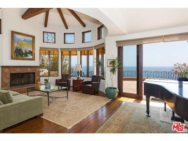 Rental Homes for Rent, ListingId:27707285, location: 3908 RAMBLA ORIENTA Malibu 90265