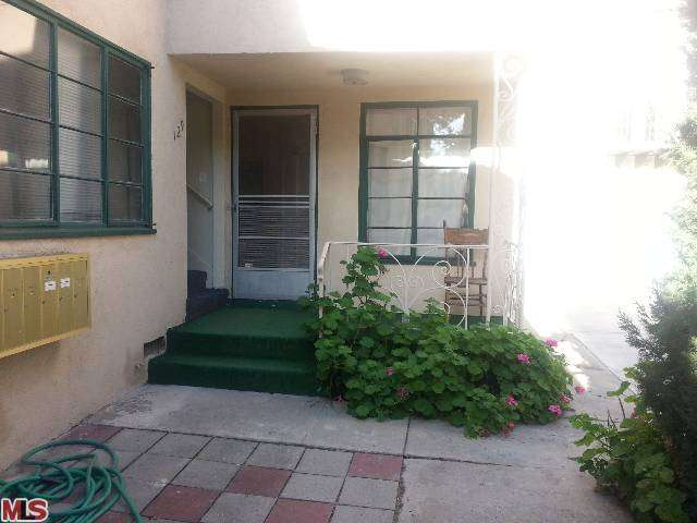 Rental Homes for Rent, ListingId:27652861, location: 127 CLARK Drive Beverly Hills 90211