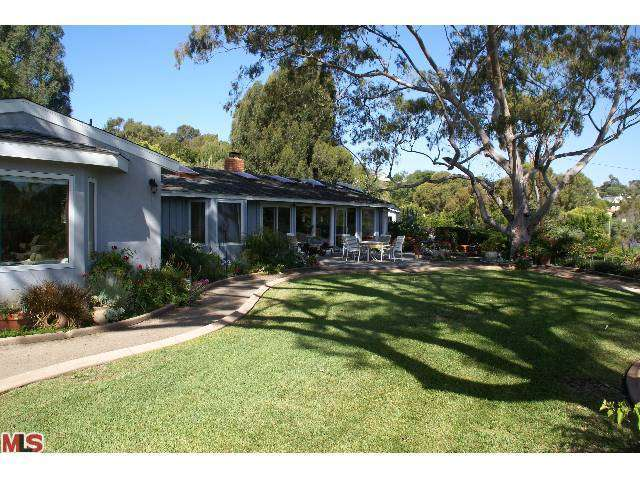 Rental Homes for Rent, ListingId:27707264, location: 7119 FERNHILL Drive Malibu 90265
