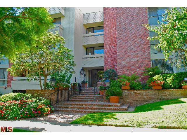 Rental Homes for Rent, ListingId:27763611, location: 429 OAKHURST Drive Beverly Hills 90210