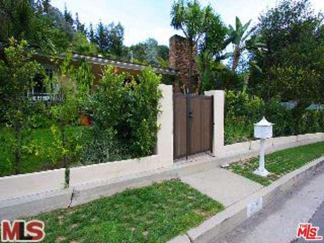 Rental Homes for Rent, ListingId:28230789, location: 1400 ROSCOMARE Road Los Angeles 90077