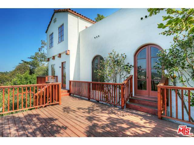 Rental Homes for Rent, ListingId:28312040, location: 2619 IVANHOE Drive Los Angeles 90039