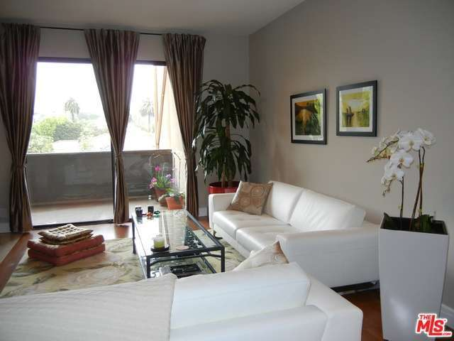 Rental Homes for Rent, ListingId:28376353, location: 2276 BEVERLY GLEN Los Angeles 90064