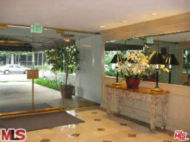 Rental Homes for Rent, ListingId:28469504, location: 10751 WILSHIRE Los Angeles 90024