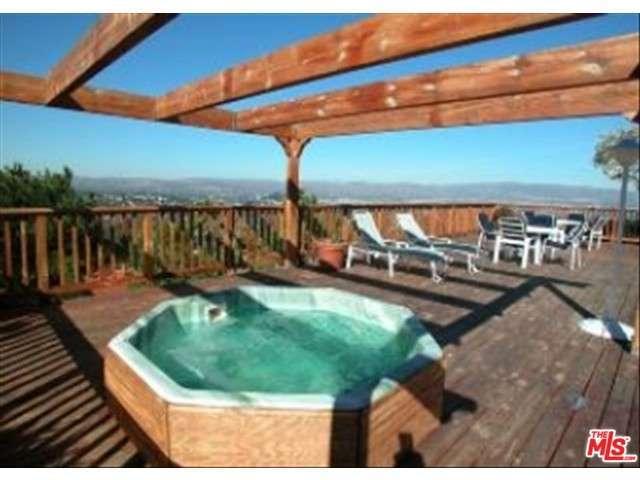 Rental Homes for Rent, ListingId:28402516, location: 4401 South WINNETKA Avenue Woodland Hills 91364