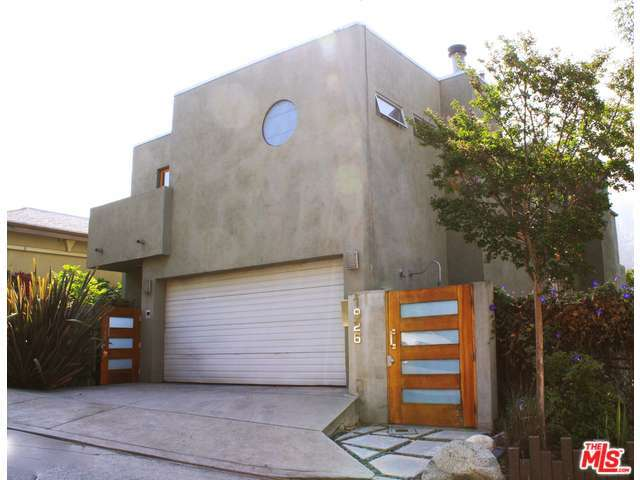 Rental Homes for Rent, ListingId:28469497, location: 1926 MAYVIEW Drive Los Angeles 90027