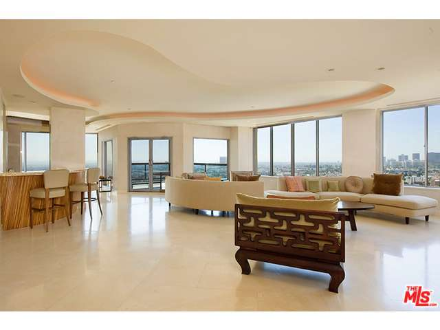 Rental Homes for Rent, ListingId:28557201, location: 10724 WILSHIRE Los Angeles 90024