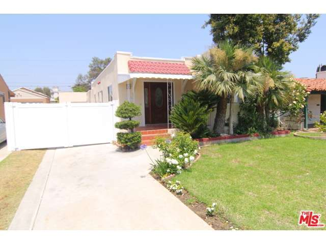 Rental Homes for Rent, ListingId:28611979, location: 1524 CARMELINA Avenue Los Angeles 90025