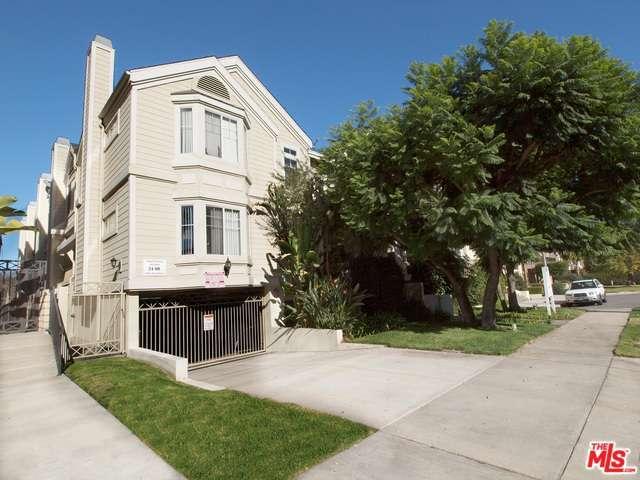 Rental Homes for Rent, ListingId:30290798, location: 10627 MOORPARK Street Toluca Lake 91602
