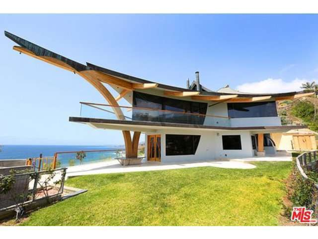 Rental Homes for Rent, ListingId:28617534, location: 21363 RAMBLA VISTA Malibu 90265