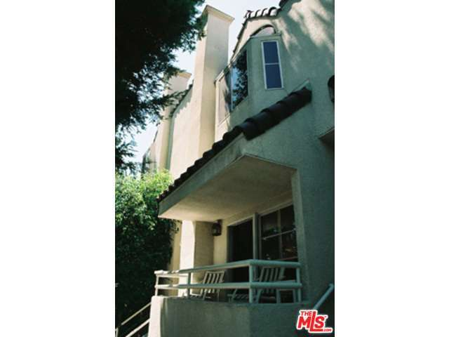 Rental Homes for Rent, ListingId:28627034, location: 5145 YARMOUTH Avenue Encino 91316
