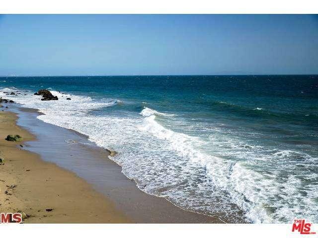 Real Estate for Sale, ListingId: 28661240, Malibu,CA90265