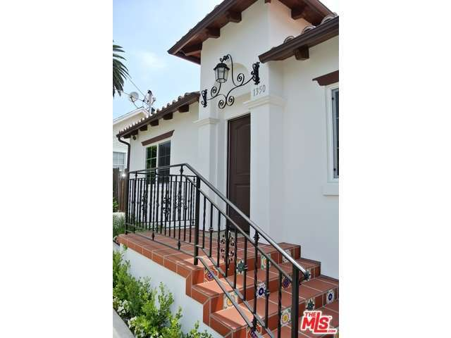 Rental Homes for Rent, ListingId:28828091, location: 1350 North STANLEY Avenue Los Angeles 90046
