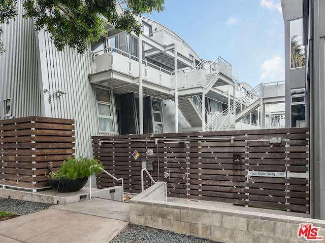 Rental Homes for Rent, ListingId:28828074, location: 615 HAMPTON Drive Venice 90291