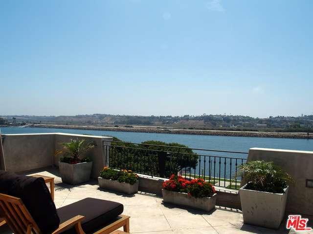 Rental Homes for Rent, ListingId:28871484, location: 142 CHANNEL POINTE Marina del Rey 90292