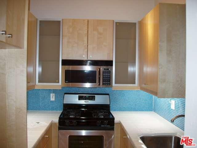 Rental Homes for Rent, ListingId:28914412, location: 1414 North FAIRFAX Avenue West Hollywood 90046