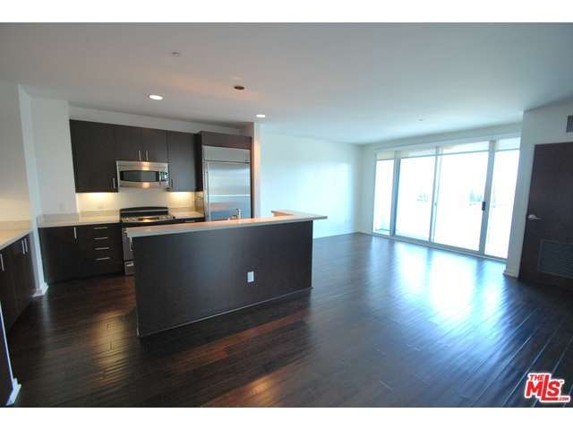 Rental Homes for Rent, ListingId:28914405, location: 8601 WILSHIRE Beverly Hills 90211