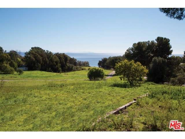 Real Estate for Sale, ListingId:28914422, location: 27535 PACIFIC COAST Highway Malibu 90265