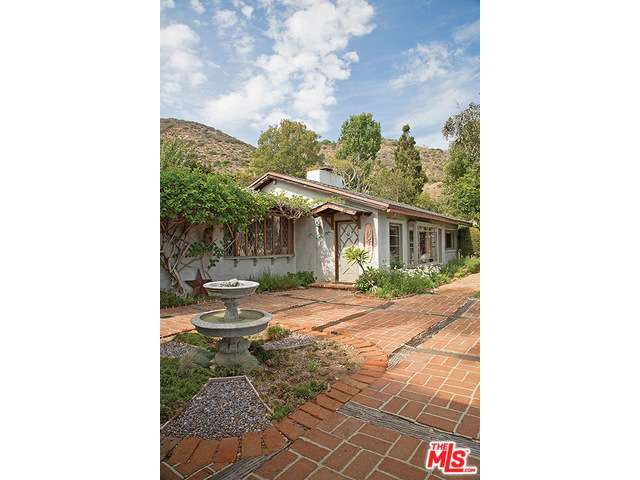 Real Estate for Sale, ListingId:28959122, location: 31369 PACIFIC COAST Highway Malibu 90265