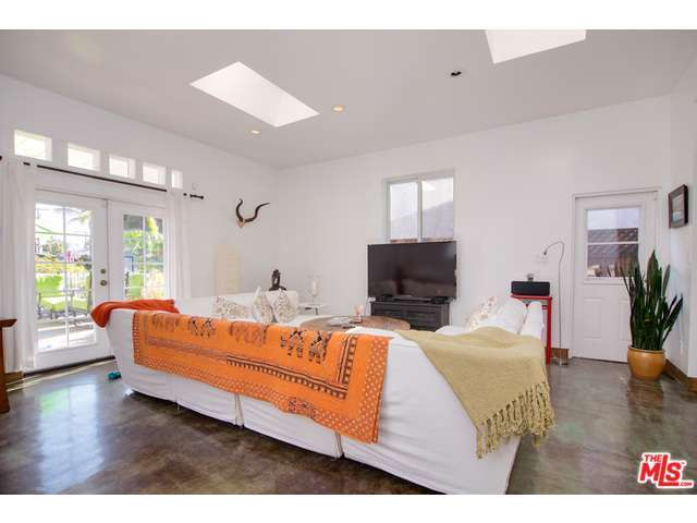 Rental Homes for Rent, ListingId:28977218, location: 1141 CABRILLO Avenue Venice 90291