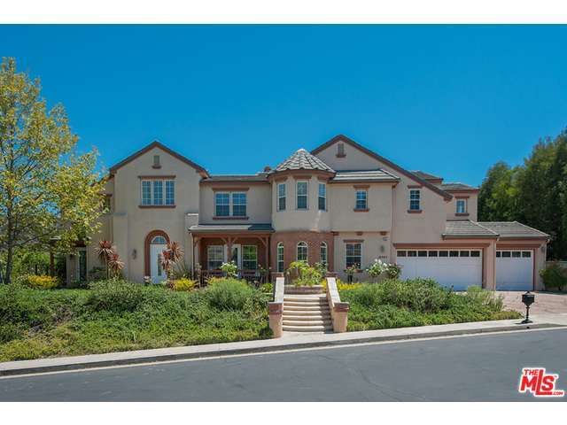 18907 CARMEL CREST Drive, one of homes for sale in Tarzana