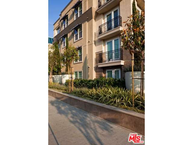 Rental Homes for Rent, ListingId:29025126, location: 6138 FRANKLIN Avenue Los Angeles 90028