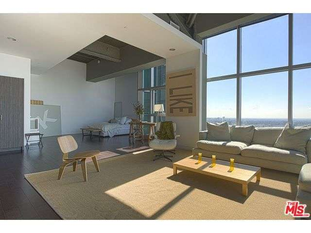 Rental Homes for Rent, ListingId:29048019, location: 1480 VINE Street Los Angeles 90028