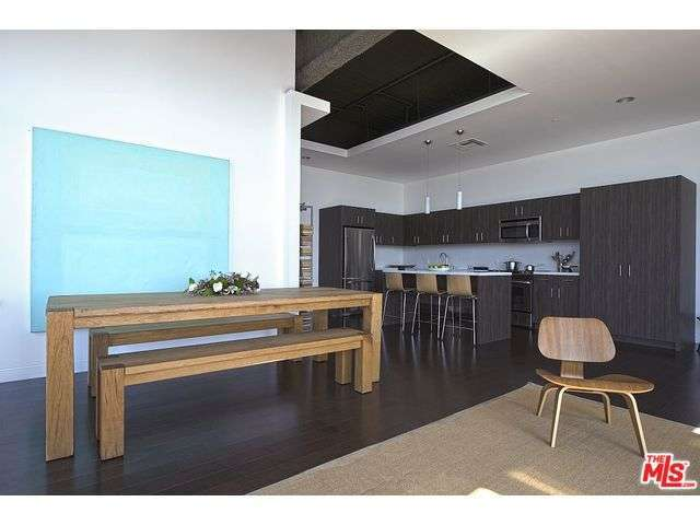 Rental Homes for Rent, ListingId:29048020, location: 1480 VINE Street Los Angeles 90028