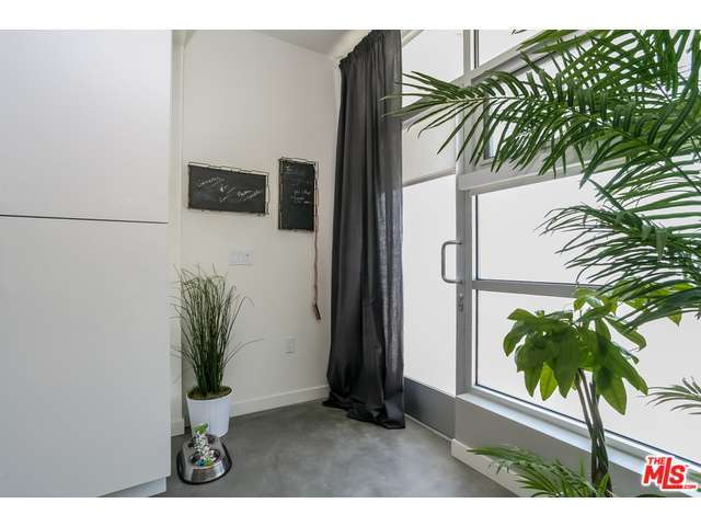 Rental Homes for Rent, ListingId:29066306, location: 12301 West PICO Boulevard West Los Angeles 90025