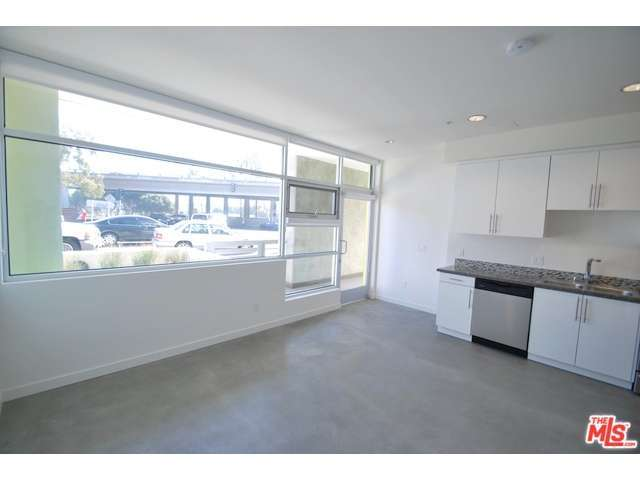 Rental Homes for Rent, ListingId:29066307, location: 12301 West PICO Boulevard West Los Angeles 90025