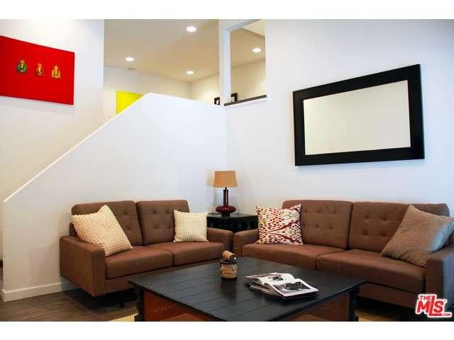 Rental Homes for Rent, ListingId:33636853, location: 620 HYDE PARK Inglewood 90302