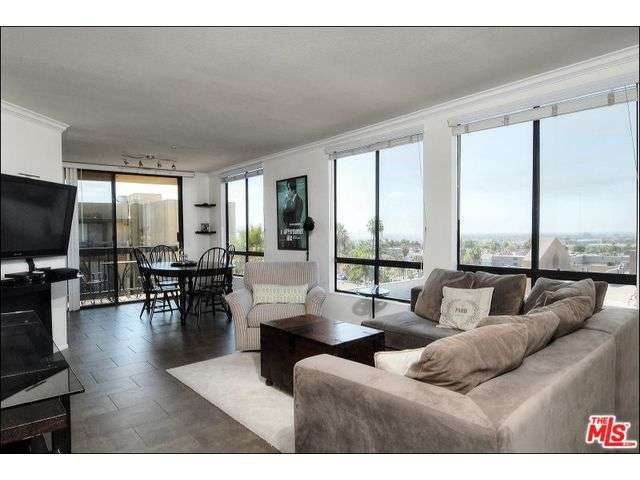 Rental Homes for Rent, ListingId:29099020, location: 7320 HAWTHORN Avenue Los Angeles 90046