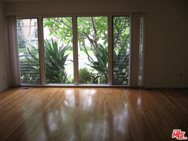 Rental Homes for Rent, ListingId:29099024, location: 349 North OAKHURST Drive Beverly Hills 90210