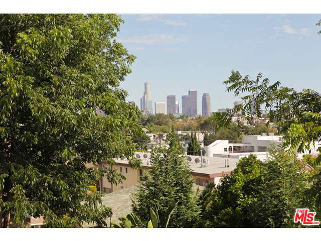 640 TULAROSA Drive, one of homes for sale in Silver Lake Los Angeles
