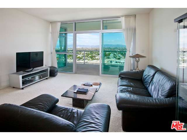 Rental Homes for Rent, ListingId:29122488, location: 13700 MARINA POINTE Drive Marina del Rey 90292