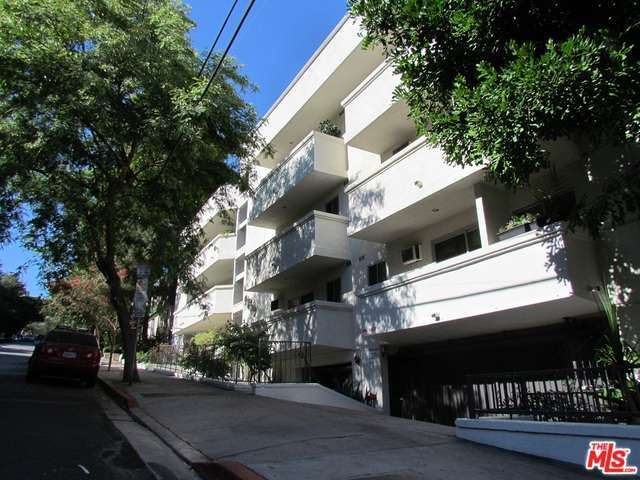 Rental Homes for Rent, ListingId:29122491, location: 960 LARRABEE Street West Hollywood 90069