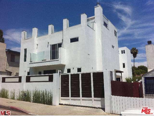 Rental Homes for Rent, ListingId:29170864, location: 1336 North FAIRFAX Avenue West Hollywood 90046