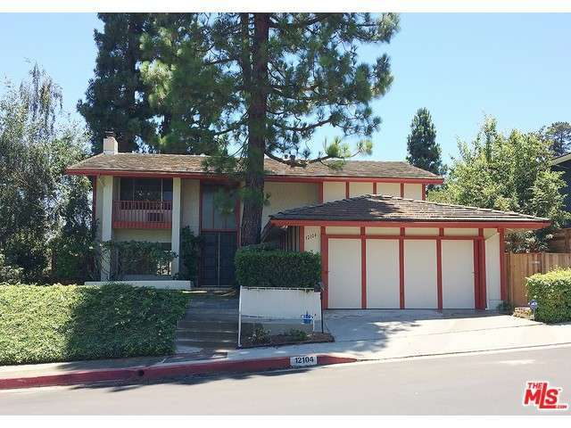 Rental Homes for Rent, ListingId:29240712, location: 12104 LA CASA Lane Los Angeles 90049
