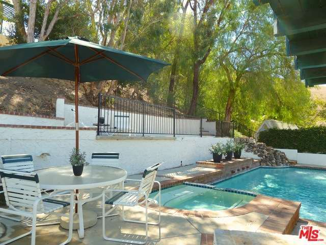 6684 Buttonwood Ave, Agoura Hills, CA 91377